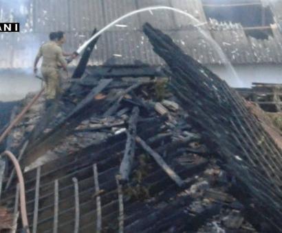 Fire near Thiruvanthapurams Sree Padmanabhaswamy temple