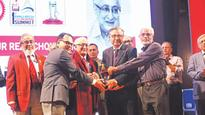 Two icons in engineering honoured
