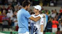 Del Potro outlasts Olympic champ Murray