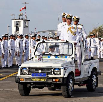 Vice Admiral Luthra takes over as new Western Command chief