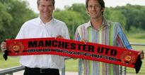 Today in history: Edwin Van der Sar joins Manchester United
