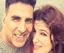 Akshay doesnt read books but is really smart: Twinkle
