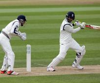 Varun Chopra and Ian Bell shine versus holders Yorkshire on cold and wet day