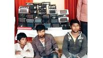 Cops nab gang selling stereos stolen from expensive cars