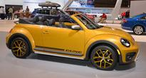 VW Brings Two Beetles To Chicago Auto Show