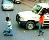 After Emraan, Ankit Tiwari proposes Sonal Chauhan