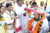 Ravi Shankar urges ULFA to end conflict