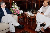 Rajnath Singh meets Omar Abdullah on his two-day Kashmir visit