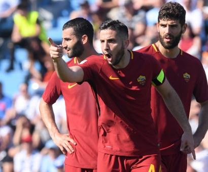 Football Briefs: Roma warm up for Liverpool clash with win