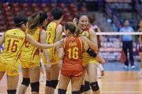NCAA volleyball: Lady Stags withstand Lady Knights