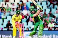 De Kock hits 178 as S Africa cruise past Aussies  Proteas won by six wickets
