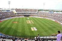 India loses three quick wickets against England at Barabati Stadium, all eyes on Yuvraj, Dhoni