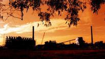 Deadline for Palmer's Townsville refinery