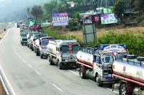 Airfare surges manifold; Air, road traffic resumes in snow-hit Kashmir