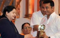 RIP Amma: Kamal Haasan slammed on social media for his tweet on Jayalalithaa's death
