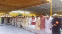 Lucknow: Harmony btwn Shia, Sunni, Christian, Hindu on Eid Adha