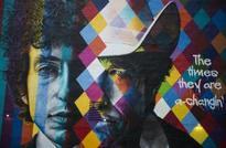 'Arrogant' Dylan slammed by Nobel academy