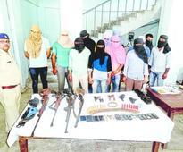 Armed land-grabbers held in Raxaul
