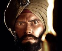 FIRST LOOK: Randeep Hooda as a Sikh soldier looks intense and powerful in 'Saragarhi'