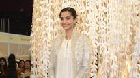 Veere Di Wedding will be shot in April post Kareena's delivery: Sonam Kapoor