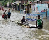 West Bengal floods: Situation improves in six districts; Malda still struggles to stay afloat