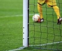 Womens football coach hopes to be champion again