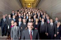 Fillon to battle Le Pen for French presidency