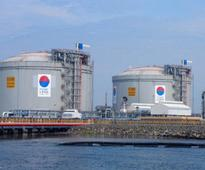 Petronet won't buy 25% stake in Mundra LPG, makes way for IOC to buy 50%