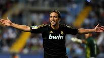 Arsenal must pay top dollar for Higuain, Fabregas staying put