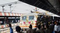 Gatiman Express halted as pantograph breaks due to thunderstorm