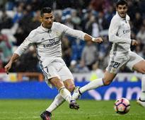 La Liga roundup: Real Madrid take top spot, Sevilla sinks Atletico Madrid