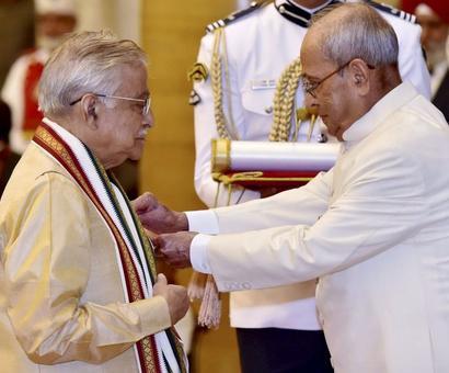 President Mukherjee confers Padma awards