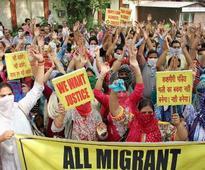 Hizb invites Pandits home, announces 'Sikh brigade'