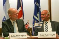 Hague signs scientific collaboration deal between the UK and Israel