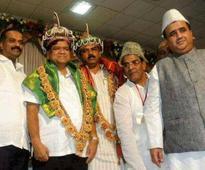 Bengaluru: Amid row, photos of Jagadish Shettar, Yeddyurappa in 'Tipu' events go viral