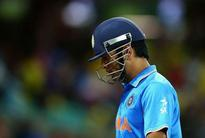 5 highly criticised on-field MS Dhoni decisions