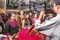 Fusion ethnic trend drives growth in traditional wear segment