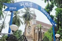 ABVP protests against Mumbai University for delaying results of April exams