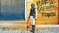 Curfew imposed in parts of Srinagar ahead of Friday prayers
