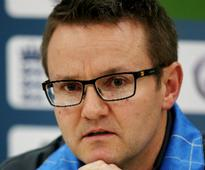 New Zealand's 'trepidation' punished by Australia, says coach Mike Hesson