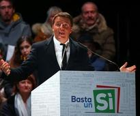 Italy votes in referendum with PM Renzi's future at stake