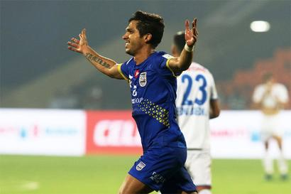 Indian football round-up: Mumbai City FC strike late to down FC Goa for first win