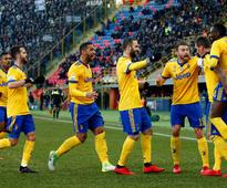 Serie A: Juventus jump to second place with easy win over Bologna; AC Milan crumble under pressure against Verona
