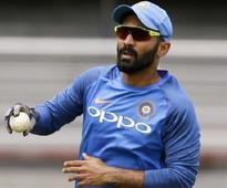 KKR name Dinesh Karthik as captain for IPL 2018; Uthappa his deputy