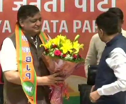 SP's Naresh Agarwal joins BJP
