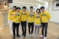 The original cast members of 'Running Man' are Yoo Jae-suk, Ji Suk-jin, Kim Jong-kook, Haha, Lee Kwang-soo, Song Joong-ki, and Gary.