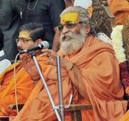 At RSS Event, Shankaracharya Tells Hindus To Have 10 Kids Each!