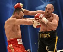 Fury-Klitschko title fight postponed by injury