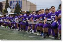 Entire Seattle high school football team takes a knee during national anthem