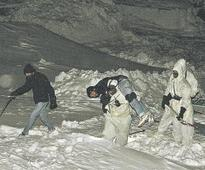 Indian Army soldier trapped in Kargil avalanche, rescue operation on